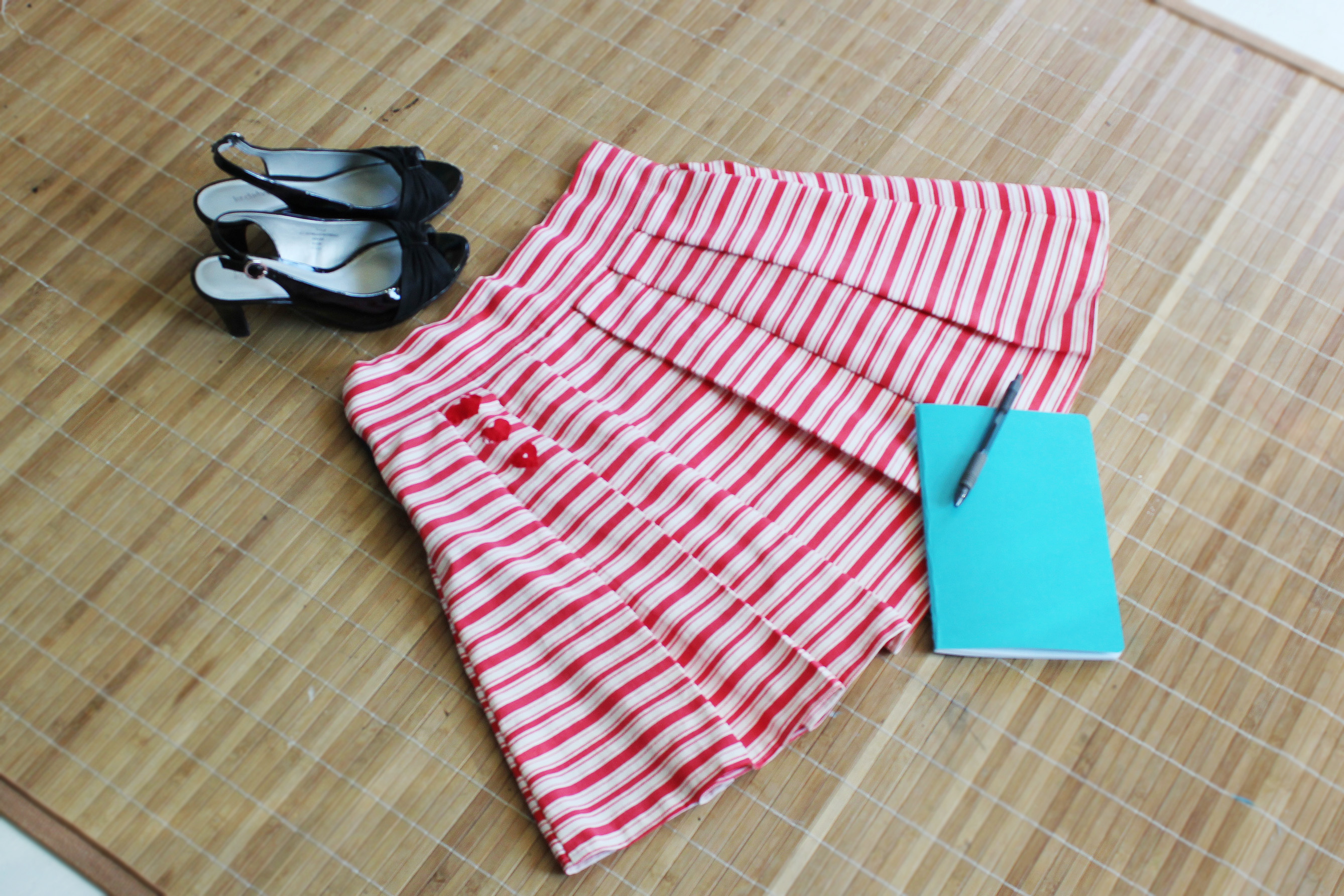 Striped Sailor/Candycane/Ulzzang Style Aline Skirt with Red Hearts
